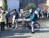 01-10-05_Shenyang_Paul_auf_Fahrrad.jpg