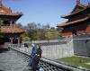 01-10-14_Shenyang_Easttomb_Paul_und_Cornelia.jpg
